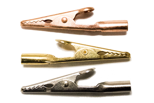 Group of 3 alligator clips in different colors